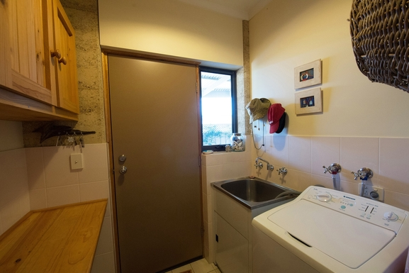 Home exchange in,Australia,NORMANVILLE,Laundry