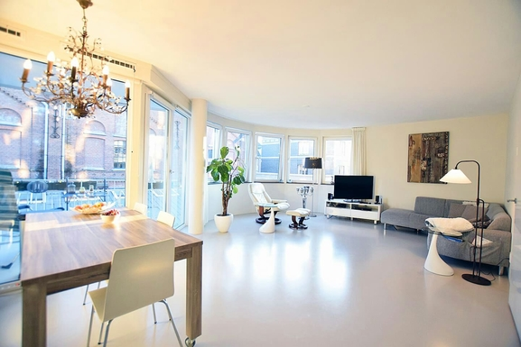 New Amsterdam city Apartment