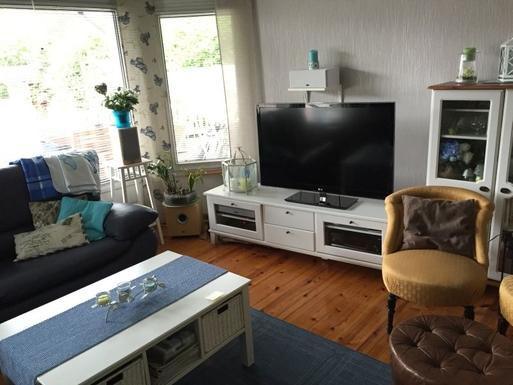 BoligBytte til,Finland,Veikkola,Living room and TV