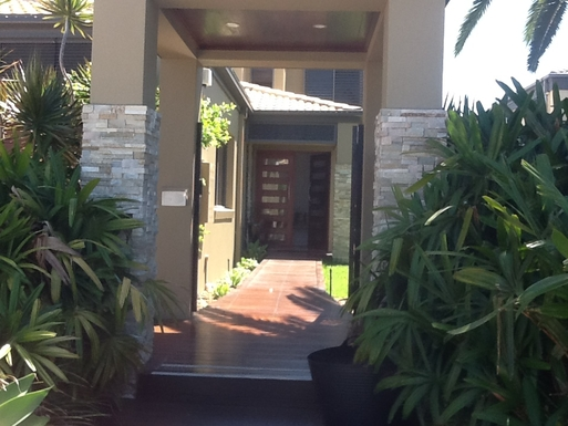 Home exchange in,Australia,Gold Coast,Front entry