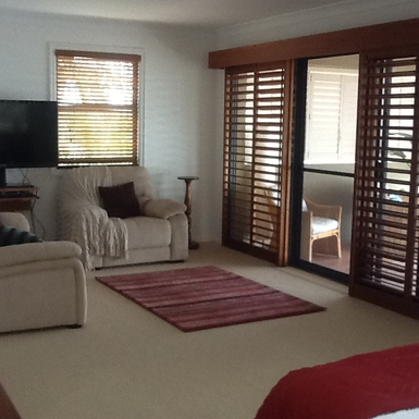 Home exchange in,Australia,Gold Coast,Master bedroom opening to verandah