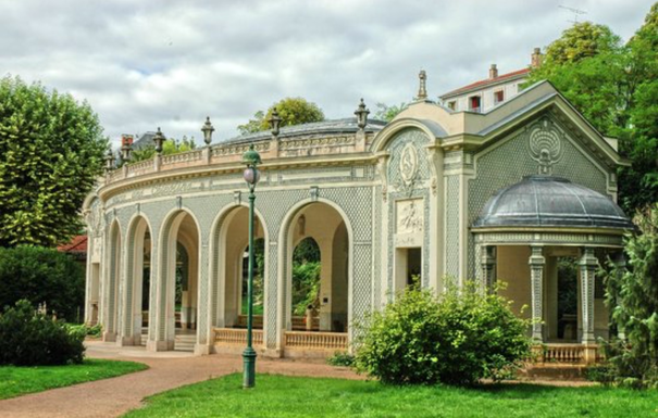 BoligBytte til,France,Abrest-Vichy,Vichy Town center