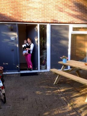 BoligBytte til,Netherlands,Utrecht,Carlie & Nola in our small garden