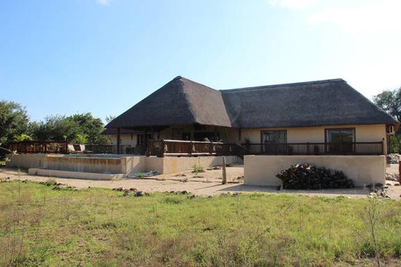 BoligBytte til,South Africa,Hoedspruit,Front view