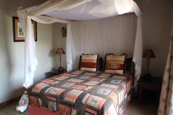 BoligBytte til,South Africa,Hoedspruit,Guest bedroom (queensize bed)