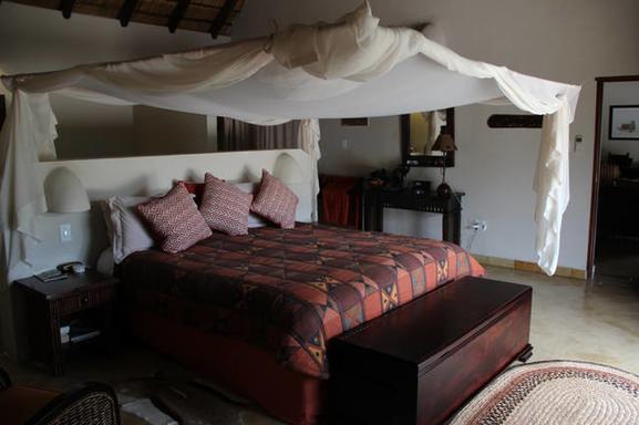BoligBytte til,South Africa,Hoedspruit,Master bedroom 1 (king size bed)