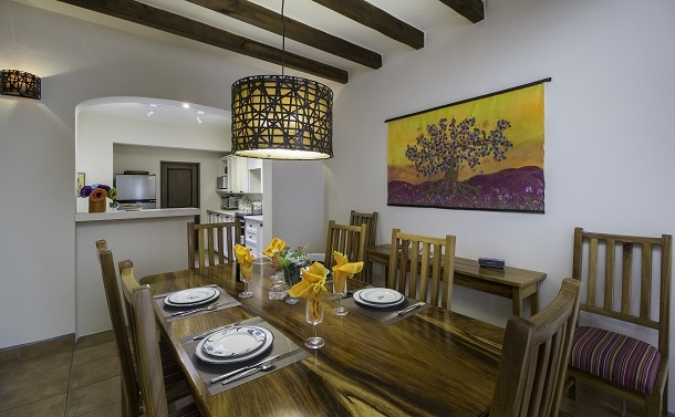 BoligBytte til,Mexico,San Miguel de Allende,Dining Room towards Kitchen