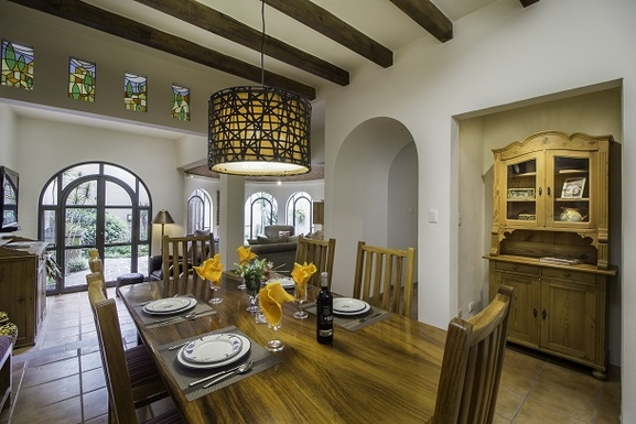 BoligBytte til,Mexico,San Miguel de Allende,Dining Room towards TV Room, & Garden with BBQ