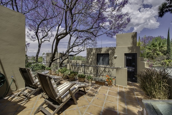 BoligBytte til,Mexico,San Miguel de Allende,Third Floor Landscaped Terrace towards Centro