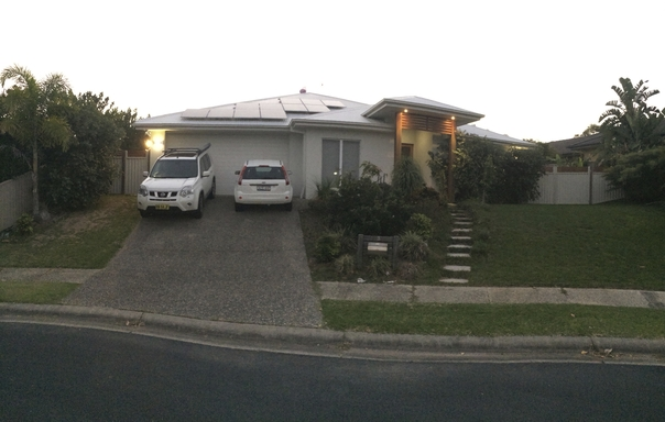 Home exchange in,Australia,POTTSVILLE,Street  view of our house.