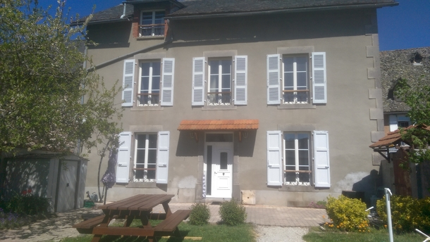 Kodinvaihdon maa Ranska,arpajon sur cere, Auvergne-Rhone-Alpes,large and family house,Home Exchange Listing Image