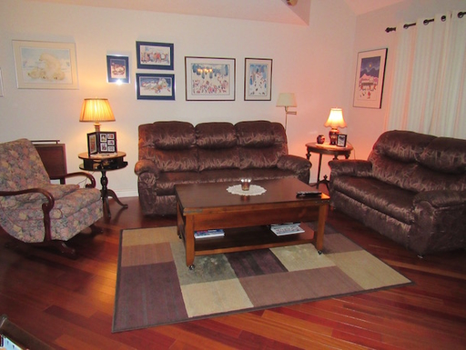 Home exchange in,Canada,Whitehorse,Living Room