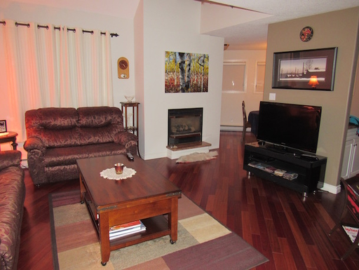 Home exchange in,Canada,Whitehorse,Living Room looking towards dining room