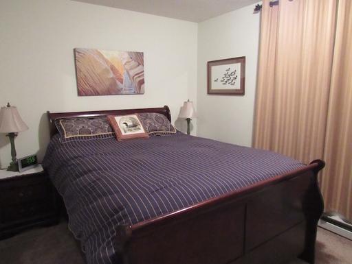 Home exchange in,Canada,Whitehorse,Second bedroom - bathroom adjacent (queen bed)