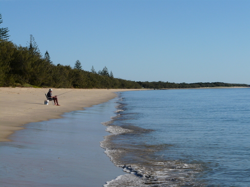 Home exchange in,Australia,WOODGATE,Fishing at the beach.