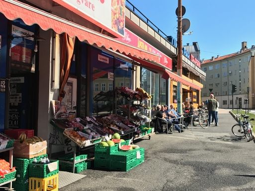BoligBytte til,Norway,Oslo,the grocery store. Close by, open each day