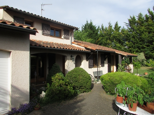Kodinvaihdon maa Ranska,Bruges, Aquitaine,Nice House in a big garden close to Bordeaux,Home Exchange Listing Image