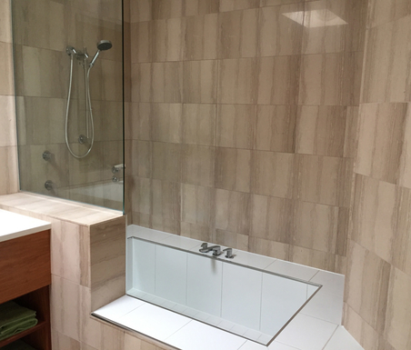 Home exchange in,Australia,Airlie Beach,Shower & large bath