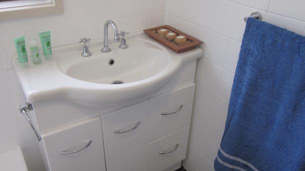 BoligBytte til,Australia,Aldinga Beach,Bathroom