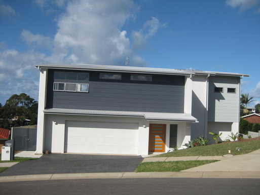 Home exchange in,Australia,Korora,Front of our home