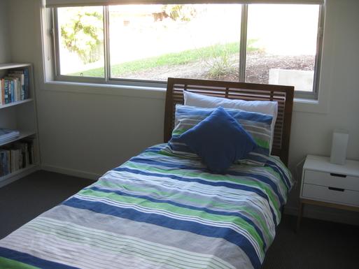 Home exchange in,Australia,Korora,Single bed