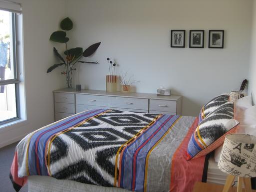 Home exchange in,Australia,Korora,Guest bedroom