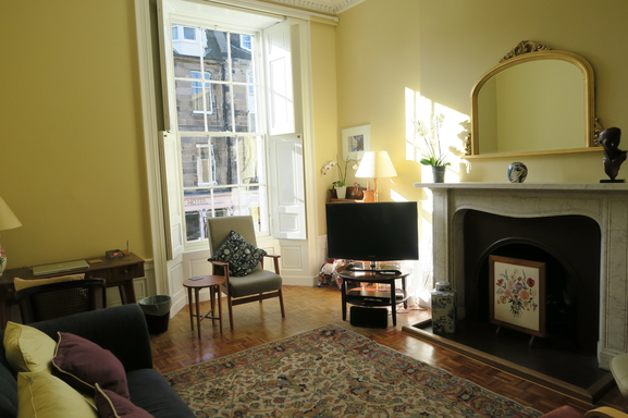 BoligBytte til,United Kingdom,Edinburgh,Sitting room