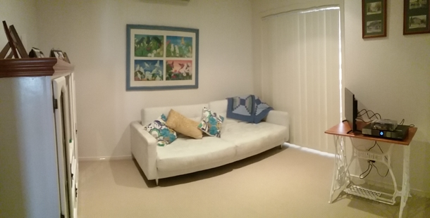 Home exchange in,Australia,RUNAWAY BAY,The second bedroom with foldout sofa