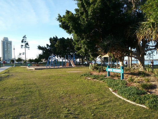 Home exchange in,Australia,RUNAWAY BAY,Lots of parks, cycle/walking paths nearby