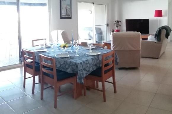 Home exchange in,Australia,RUNAWAY BAY,The dining area