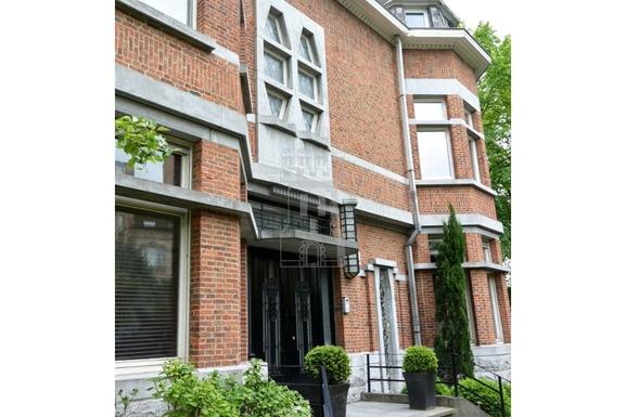 BoligBytte til,Belgium,Uccle,Front door
