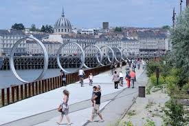 """Nantes : les """"anneaux de Buren"""""""