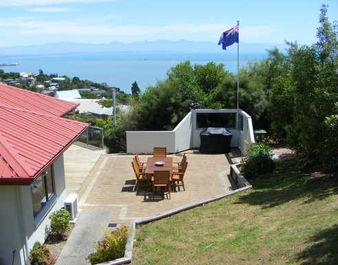 BoligBytte til,New Zealand,Nelson,Outdoor dining with BBQ