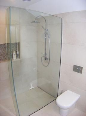 BoligBytte til,New Zealand,Nelson,Master bedroom ensuite walk-in shower