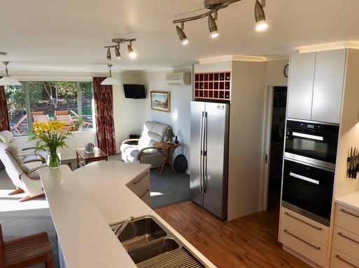 BoligBytte til,New Zealand,Nelson,Kitchen, Family room & walk-in pantry