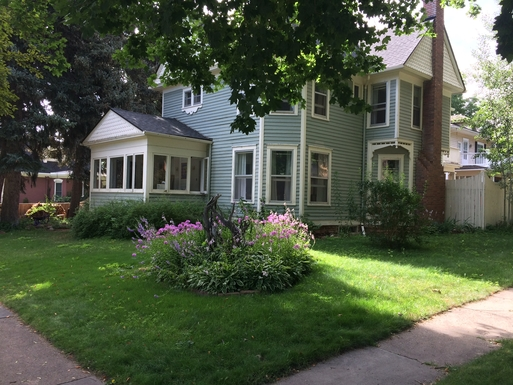 Home exchange in United States,Longmont, Colorado,Charming 1910 Victorian Near Boulder,Home Exchange & House Swap Listing Image