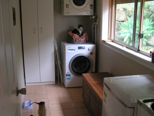 Home exchange in,Australia,COPACABANA,Laundry and Kitty Cat's bed