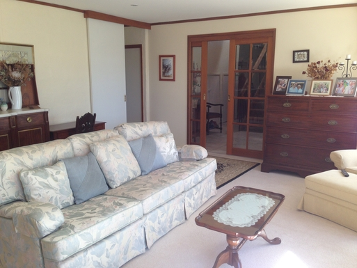 Home exchange in,Australia,CHIFLEY,Formal sitting room