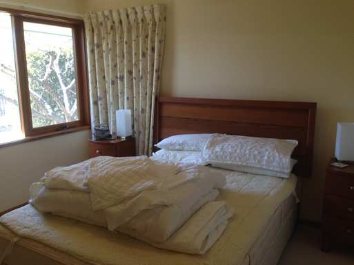 Home exchange in,Australia,CHIFLEY,Spare double rooms
