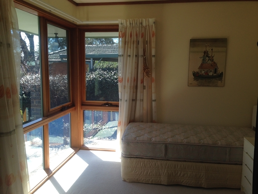 Home exchange in,Australia,CHIFLEY,Spare room with single beds