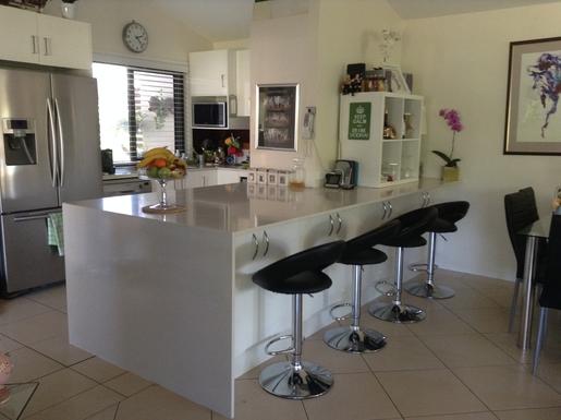 Home exchange in,Australia,Cornubia,Breakfast Bar