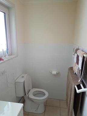 Home exchange in,Australia,Wanniassa,Main Bedroom Ensuite