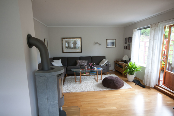 BoligBytte til,Norway,Ulvik,Sitting room and main garden entrance