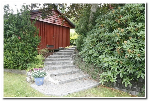 BoligBytte til,Norway,Ulvik,Entrance area with garden house