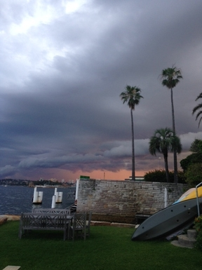Home exchange in,Australia,Kirribilli, Sydney,Summer thunderstorm passing by Sydney