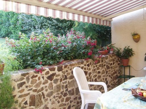 BoligBytte til,France,LIMOGES,the terrace, side of garden