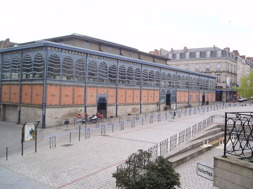BoligBytte til,France,LIMOGES,The covered market