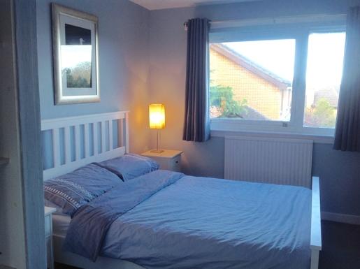 BoligBytte til,United Kingdom,Edinburgh,Main bedroom-front half