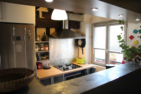 Home exchange in,France,paris,notre immeuble