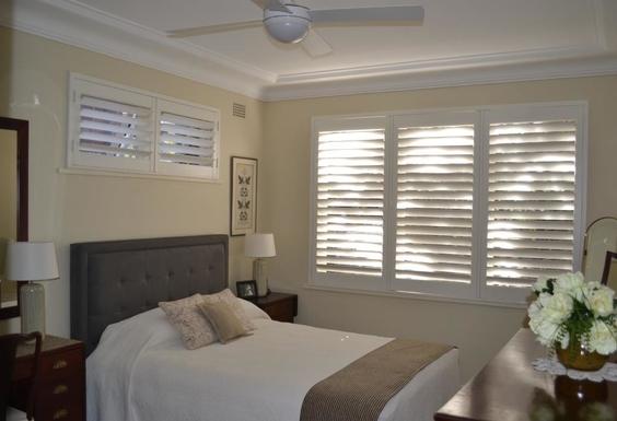 Home exchange in,Australia,Balgowlah Heights, Sydney,Master bedroom (Queen bed 153x203cms)